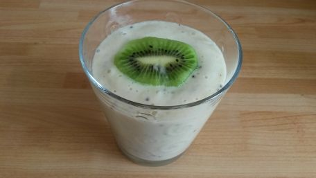 RECIPE MAIN IMAGE smoothie banane et kiwi