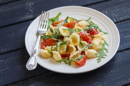 RECIPE MAIN IMAGE Duo de salades de pâtes