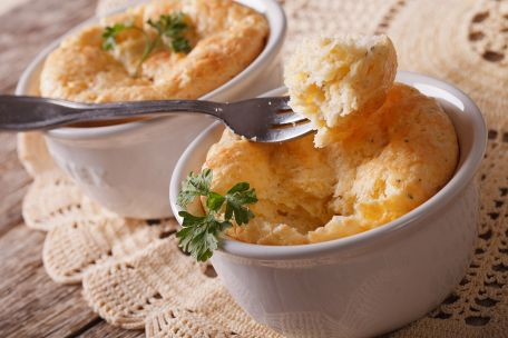 RECIPE MAIN IMAGE Le soufflé au fromage
