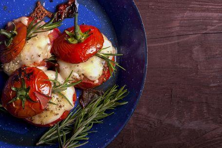 RECIPE MAIN IMAGE Tomates soufflées au fromage