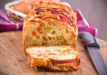 RECIPE MAIN IMAGE Cake aux fruits confits