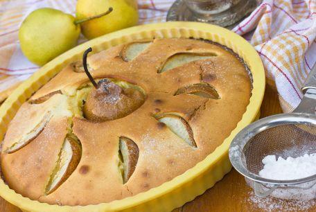 RECIPE MAIN IMAGE Clafoutis aux poires et aux raisins