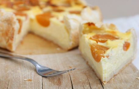 RECIPE MAIN IMAGE Tarte aux abricots