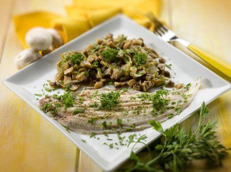 RECIPE MAIN IMAGE Filets de sole garnis aux champignons