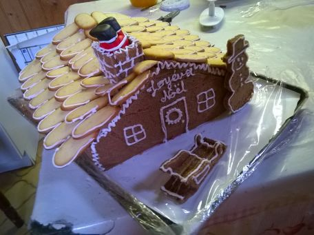 RECIPE MAIN IMAGE Cabane de Noël framboise chocolat
