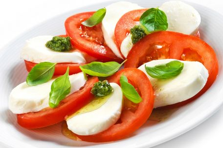 RECIPE MAIN IMAGE Tomate mozzarella