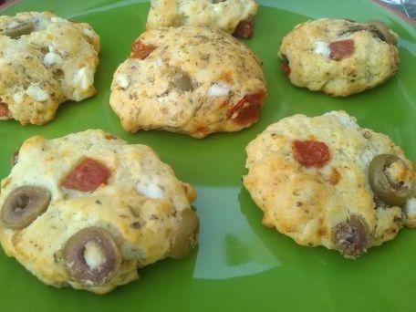 RECIPE MAIN IMAGE Cookies tomate/olives/feta pour l'apéritif
