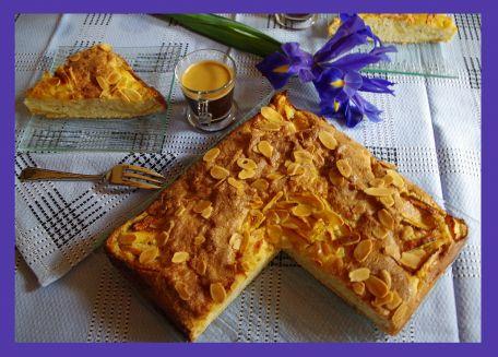 RECIPE MAIN IMAGE Gâteau aux pommes, amandes et citron