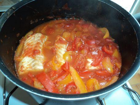 RECIPE MAIN IMAGE Filets de cabillaud tomates poivrons