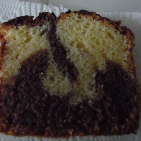 RECIPE MAIN IMAGE Délicieux marbré au chocolat