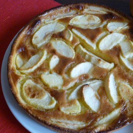 RECIPE MAIN IMAGE La tarte aux pommes de Mamie