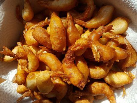 RECIPE MAIN IMAGE Beignets de crevettes croustillants