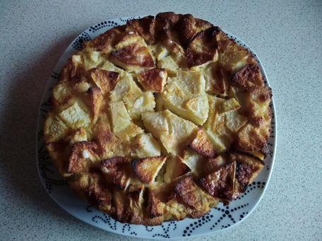 RECIPE MAIN IMAGE Clafoutis aux poires et pommes