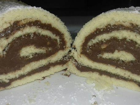 RECIPE MAIN IMAGE Roulé au chocolat