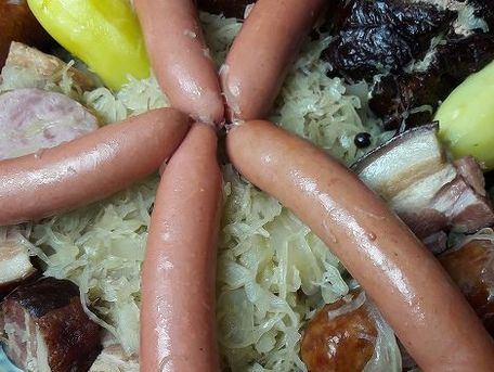 RECIPE MAIN IMAGE Choucroute Alsacienne gourmande
