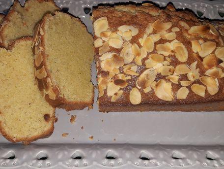 RECIPE MAIN IMAGE Cake aux amandes
