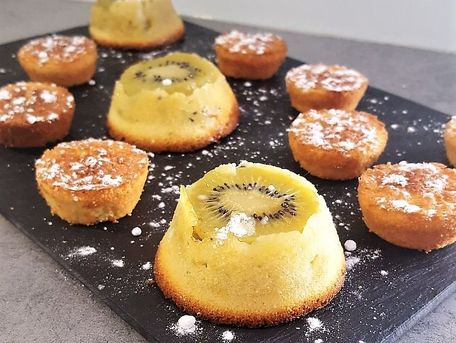 RECIPE MAIN IMAGE Petits moelleux citron kiwi