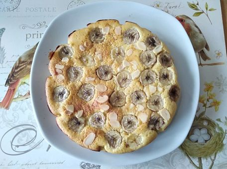 RECIPE MAIN IMAGE Gâteau chocolat blanc et bananes