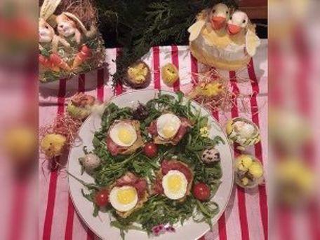 RECIPE MAIN IMAGE Nids de pommes de terre aux oeufs de caille