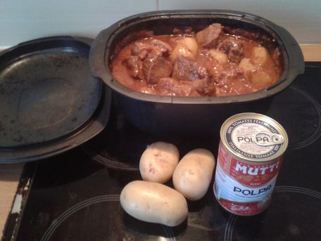 RECIPE MAIN IMAGE Goulash