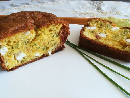 RECIPE MAIN IMAGE Cake à la farine de maïs
