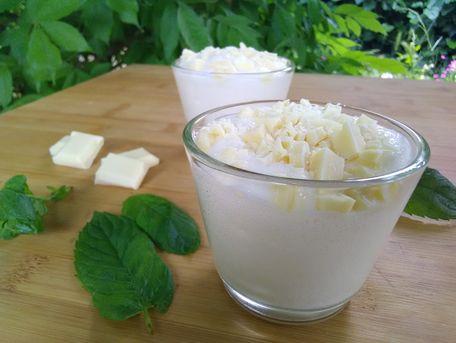 RECIPE MAIN IMAGE Mousse Danette et chocolat blanc