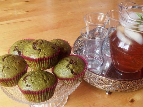 RECIPE MAIN IMAGE Muffins au thé vert Matcha et pépites de chocolat au lait