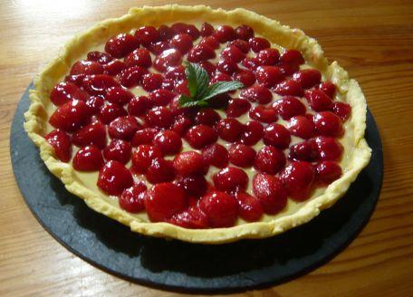 RECIPE MAIN IMAGE Tarte crèmeuse aux fraises