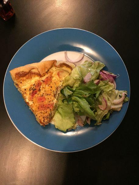 RECIPE MAIN IMAGE Quiche au surimi et aux tomates cerises semi-séchées