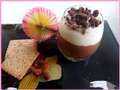 RECIPE MAIN IMAGE Mousse chocolat-caramel et son nuage coco