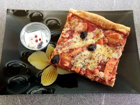 RECIPE MAIN IMAGE Pizza à la truite fumée
