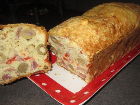 RECIPE MAIN IMAGE Cake salé olives RAPIDE et FACILE