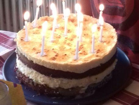 RECIPE MAIN IMAGE Gâteau d'anniversaire chocolat/framboise, crème chiboust