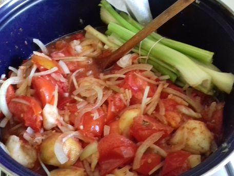 RECIPE MAIN IMAGE Ketchup de tomates aux pommes/poires et aux épices