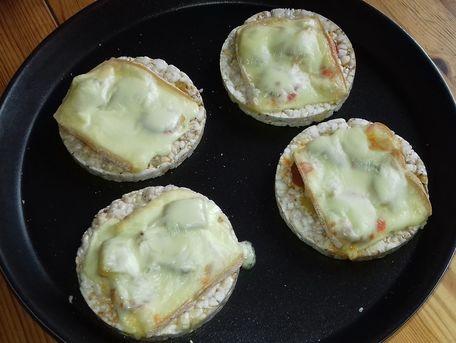 RECIPE MAIN IMAGE toast de galettes 4 céréales chorizo-raclette