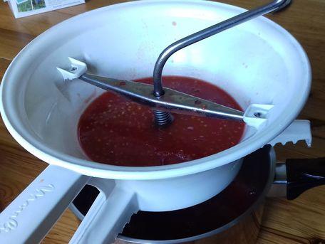 ADVICE MAIN IMAGE Récupérer le jus de tomate