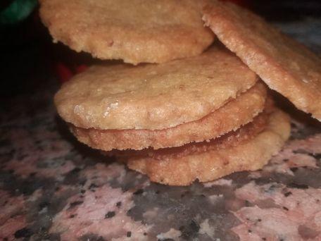 RECIPE MAIN IMAGE Biscuits à la noix de coco rapée et à la poudre d'amande