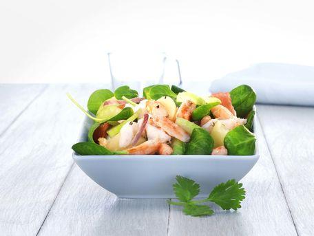 RECIPE MAIN IMAGE Salade de pommes de terre au crabe
