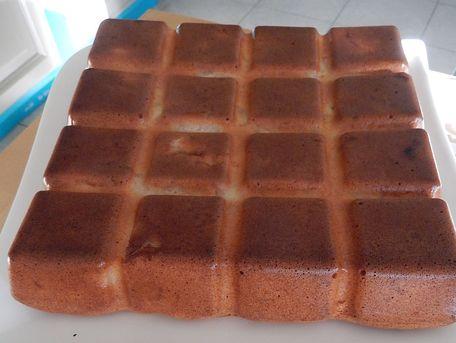 RECIPE MAIN IMAGE Gâteau moelleux aux kakis