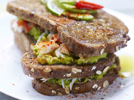 RECIPE MAIN IMAGE Sandwich basque avocat crabe