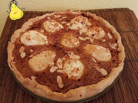 RECIPE MAIN IMAGE Tarte crémeuse aux poires et pain d'épice