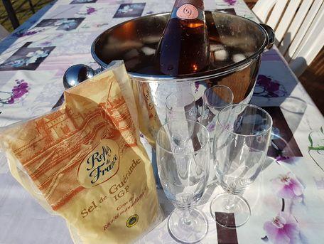 ADVICE MAIN IMAGE Rafraîchir du champagne