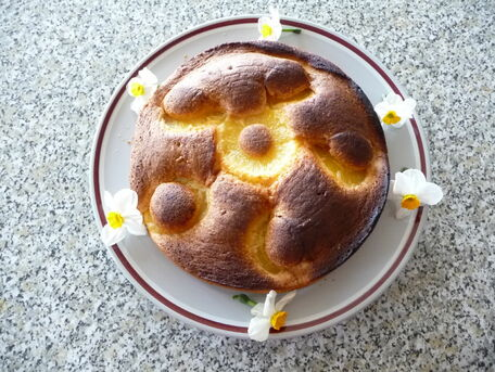 RECIPE MAIN IMAGE Gâteau à l'ananas