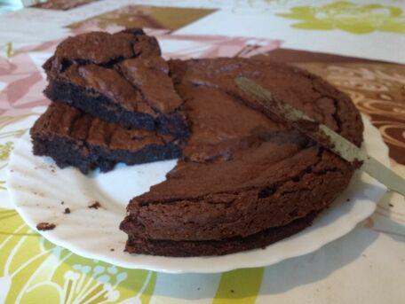 RECIPE MAIN IMAGE Fondant au chocolat sans farine à la poudre d'amandes