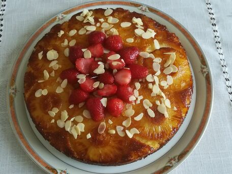 RECIPE MAIN IMAGE Moelleux ananas fraises