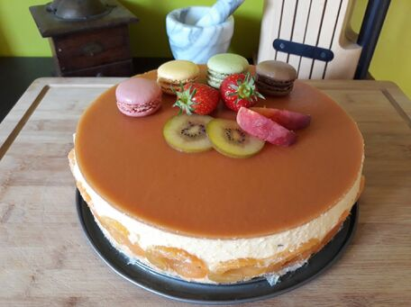 RECIPE MAIN IMAGE Entremet pêches abricots