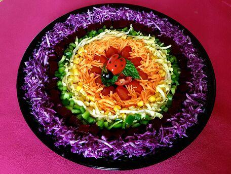 RECIPE MAIN IMAGE Salade de crudités arc-en-ciel