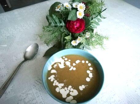 RECIPE MAIN IMAGE Soupe de courgettes, carottes et pommes