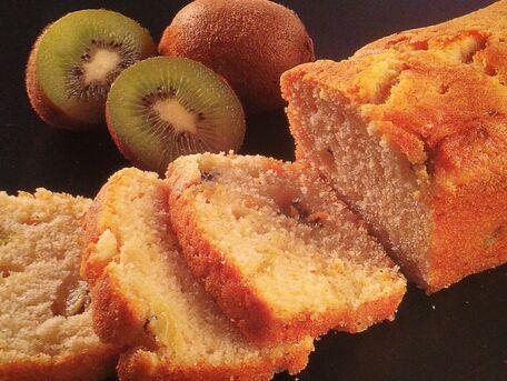 RECIPE MAIN IMAGE Cake aux kiwis