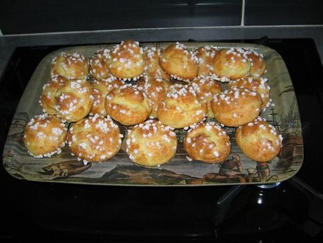 RECIPE MAIN IMAGE Chouquettes faciles